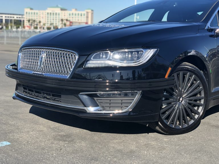 Curved Front Bumper Bar on Lincoln MKZ